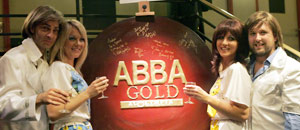 ABBAを再演することになった「ABBA
