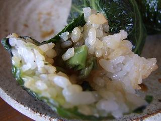 めはり寿司の内部に、さらに高菜が