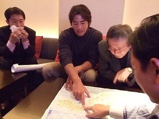 八幡さんがフィリピン航海を説明するところ