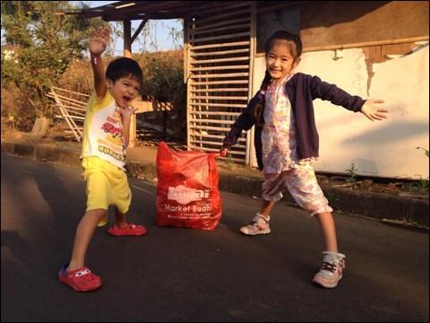 子供たちと、ゴミ拾いをしながらの早朝ウォーキング