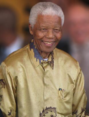 南アフリカ元大統領、ネルソン・マンデラ(wikipediaより)