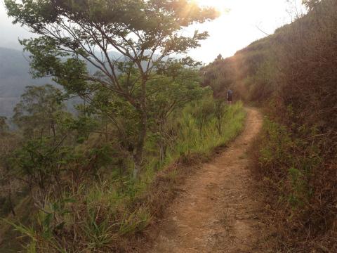 バニャック山(Gunung Banyk)でトレイルラン&ウォーキング