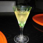 アンティーク食器|200年前のグラスでワイン、500年前の器でアイス!