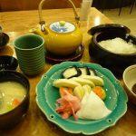 京都駅・京漬物味わい処「西利」でいただく朝の「お茶漬けセット」