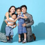 フォトスタジオで家族写真|高くてもプロが撮影するべき3つの理由!