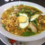 ソト・アヤム|ジャカルタの屋台でインドネシア定番の朝食を味わう!