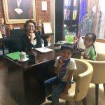 インドネシアで子育てをする私が「日常の中の非日常」にこだわり続ける理由