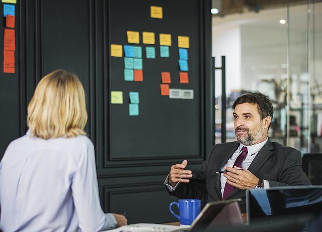 不動産投資 営業担当と議論