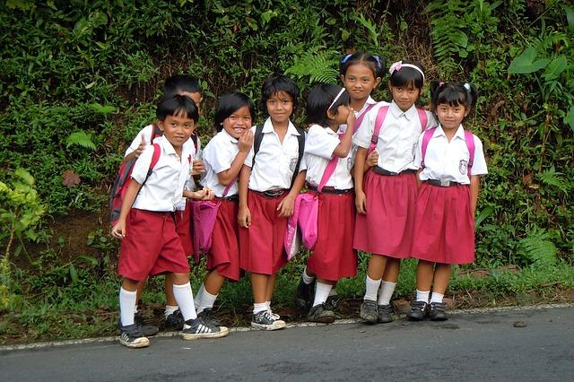 バリ島の子どもたち