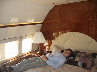 ビジネスジェット プライベートジェット 機内の寝室