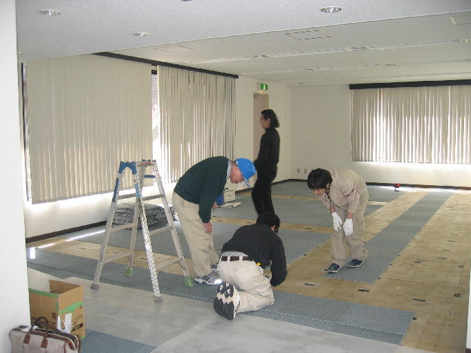 20060401_office_room1.JPG