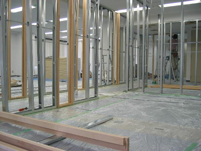 20060407_office2.JPG
