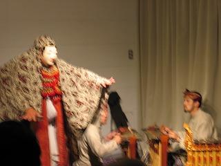 ガムランと舞踊2