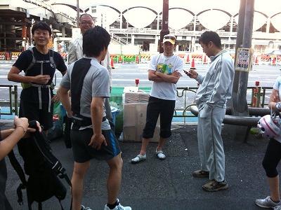 ほとんどのメンバーが1時間近くのジョギングで参集