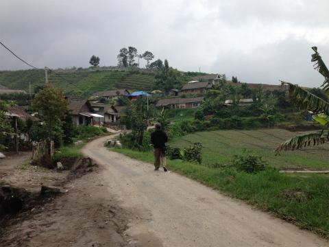 美しいバトゥの町並みとリンゴ農園(2014年2月撮影)