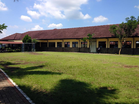 東ジャワの地元の学校、校舎の一つ