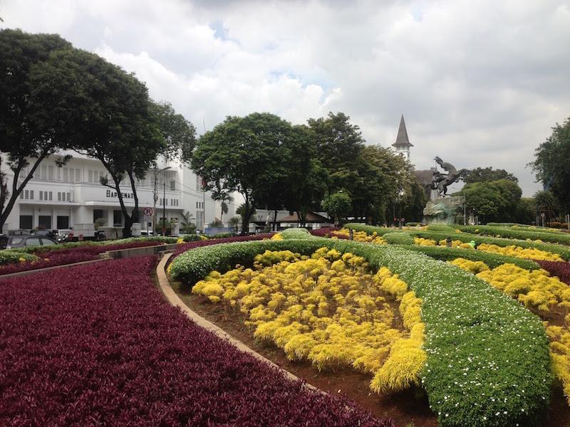 ジャカルタのベトナム大使館でVISA申請