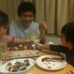 「ひな祭り」夕食を共にすることの意味|3歳と2歳の子どもたちと