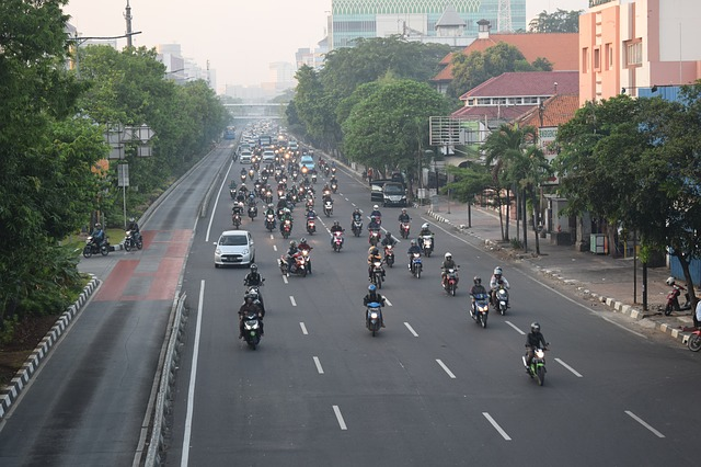 インドネシアの大通り