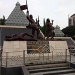 11月10日のインドネシア「英雄の日」我が子の小学校はどう教えたか