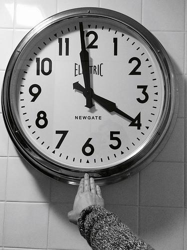 時計 4時