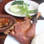 べベッ・ゴレン|手づかみで味わうアヒル料理は、インドネシアの絶品!