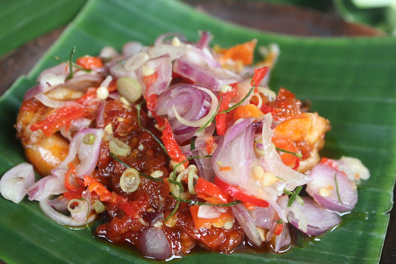 サンバル 辛味調味料 インドネシア