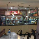 ジャカルタ空港第2ターミナルでグルメ|ローカルなパダン料理を堪能!